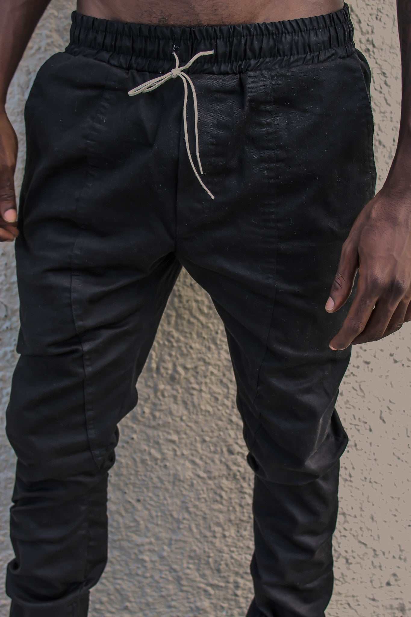 Black Slim Tapered Pants (Unisex)