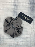 I'm With The Band - Regular Scrunchie (Grey)