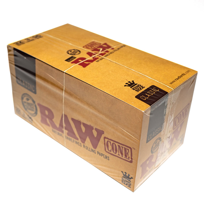 RAW - King Size Classic - 3 Cones - 32 Pack Box