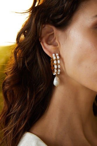 Amada Earrings Pearl