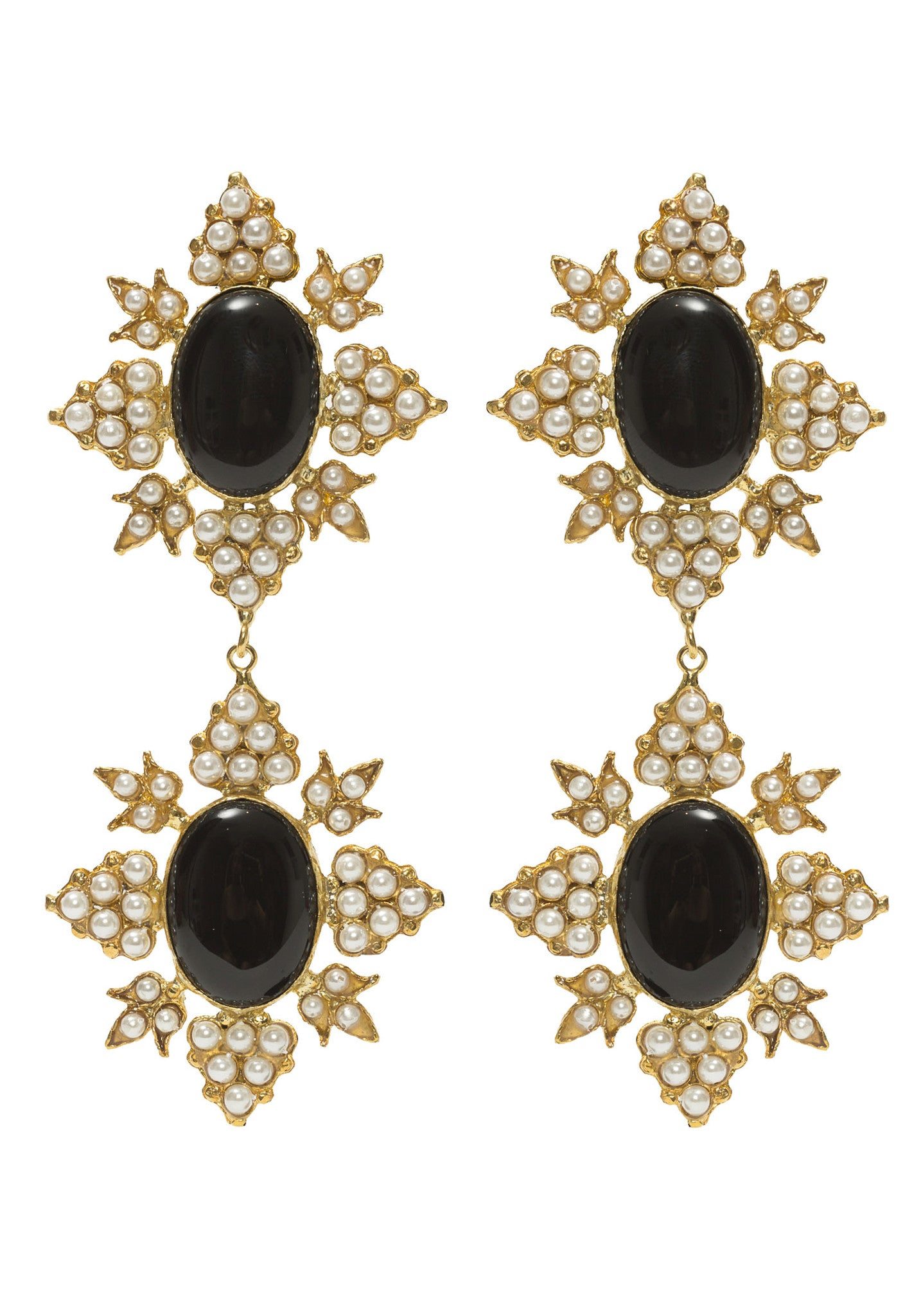 Cleon Earrings Black