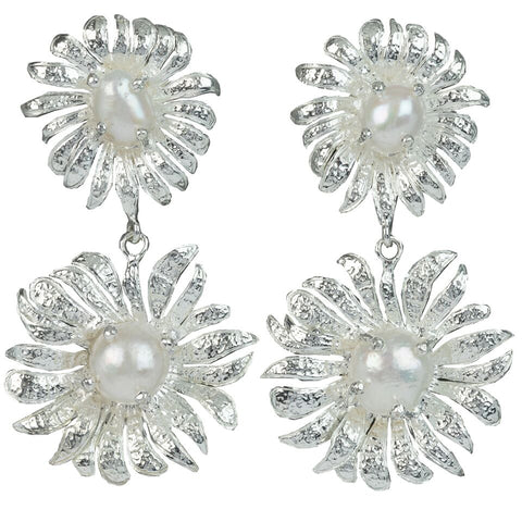 Evelynne Earrings Silver/Pearl