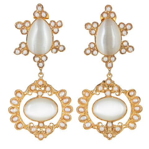 Zoe Earrings White/Pearl