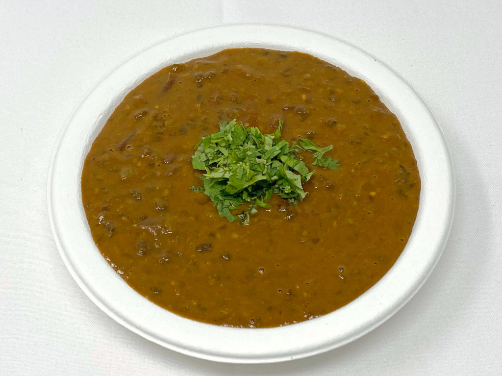 Black lentils cooked with butter, cream and spices