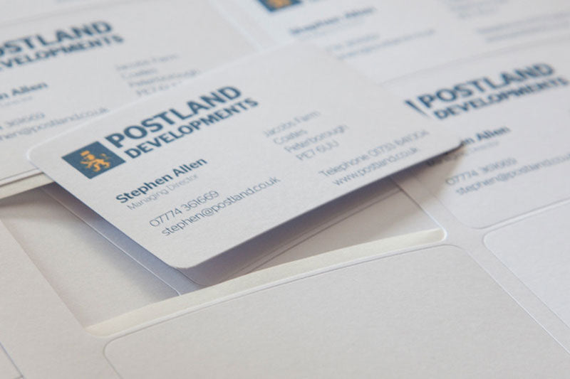 Tips to make your business card stand out from the crowd