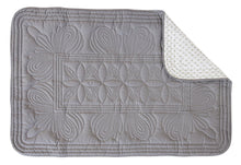 Load image into Gallery viewer, Bon Mere baby cot quilt. The back of the quilt with grey quilted pattern.