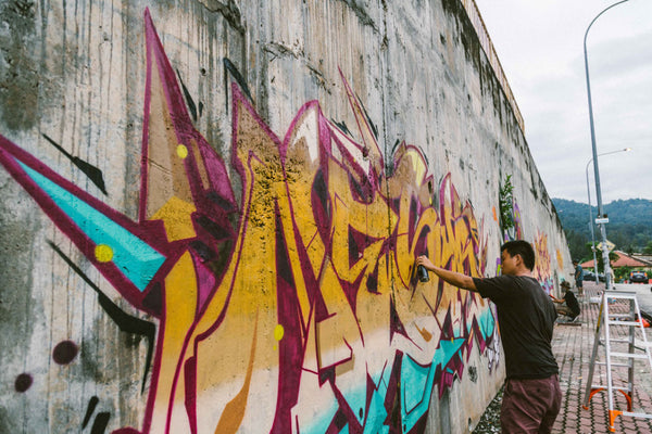 A Peek Into The KL Graffiti Scene By The Hundreds