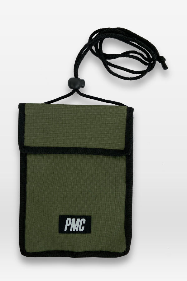 Strike Logo Neck Pouch Green