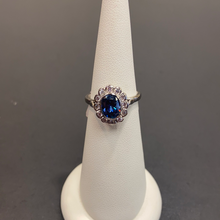 Load image into Gallery viewer, 9ct White Gold Tanzanite CZ Cluster Ring