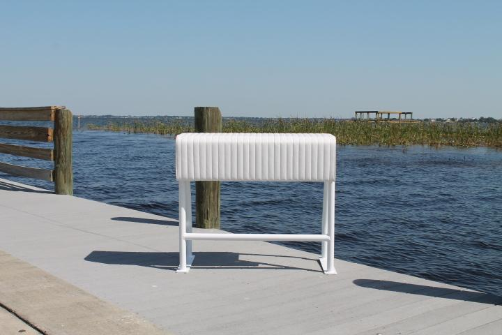 Sea Line Leaning Post - 36H x 38''W x 18''D No Rod Holders''