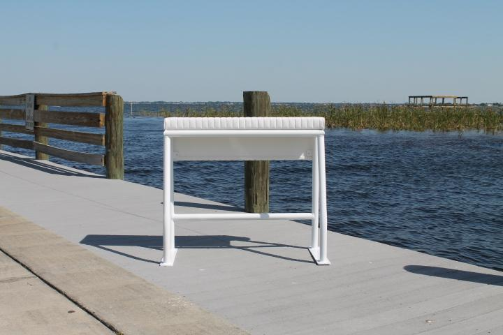 Sea Line Leaning Post - 36H x 32''W x 18''D No Rod Holders''