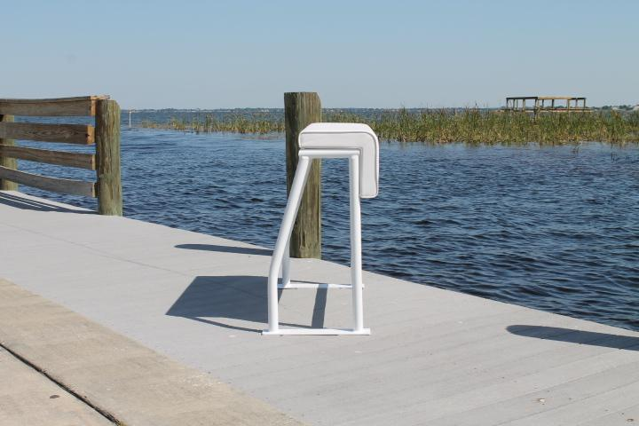 Sea Line Leaning Post - 36H x 38''W x 18''D With Rod Holders''