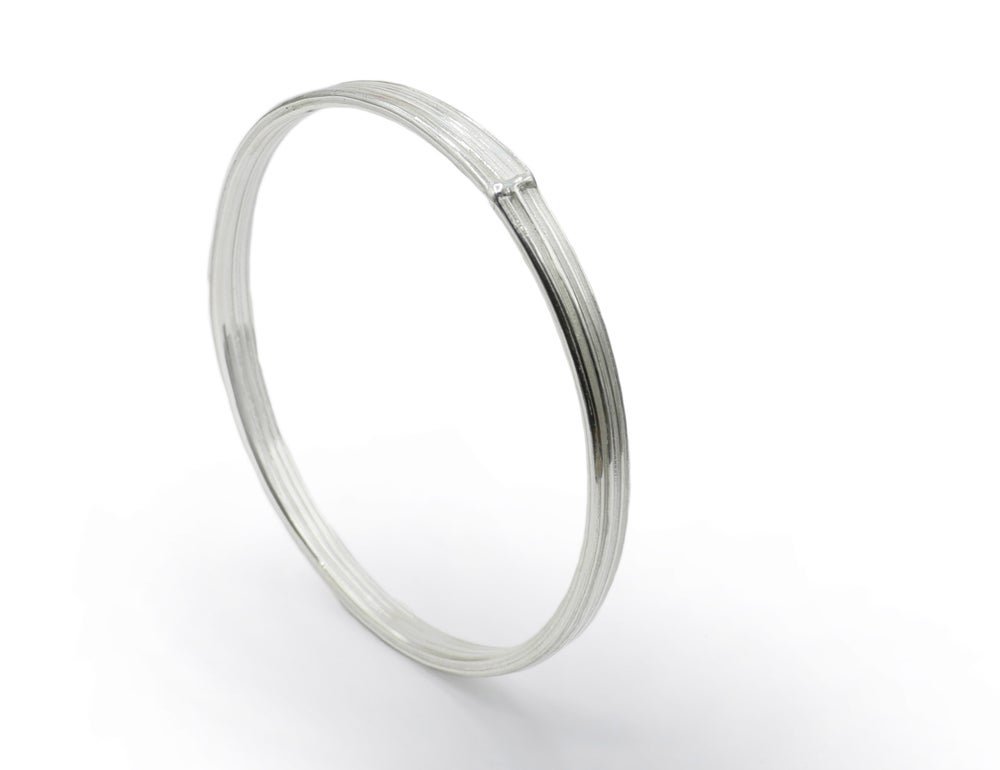 Absolu thin plain bangle