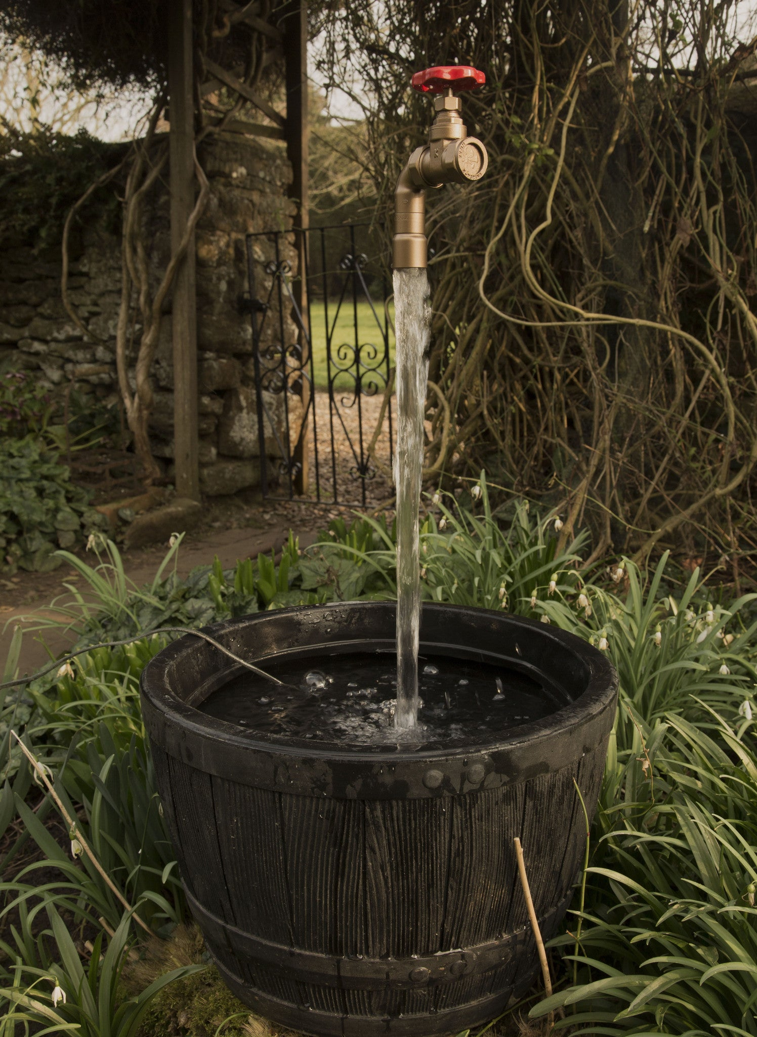 22mm Floating Tap Water Feature