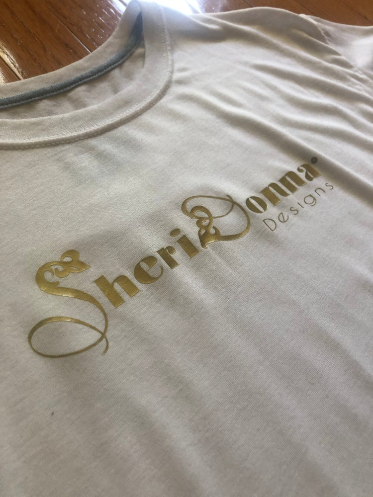SHERIDONNA DESIGNS : SPECIAL BLEND WHITE T-SHIRT
