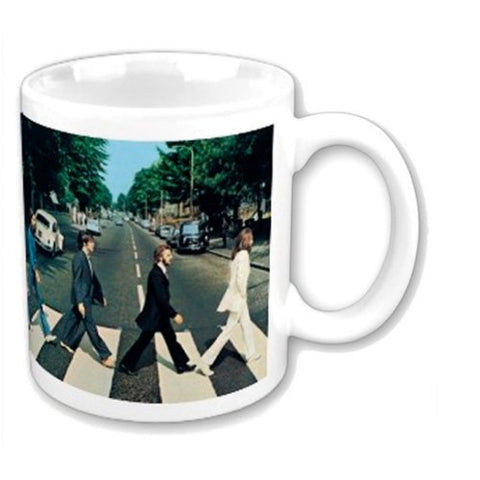 THE BEATLES BOXED STANDARD MUG: ABBEY ROAD CROSSING
