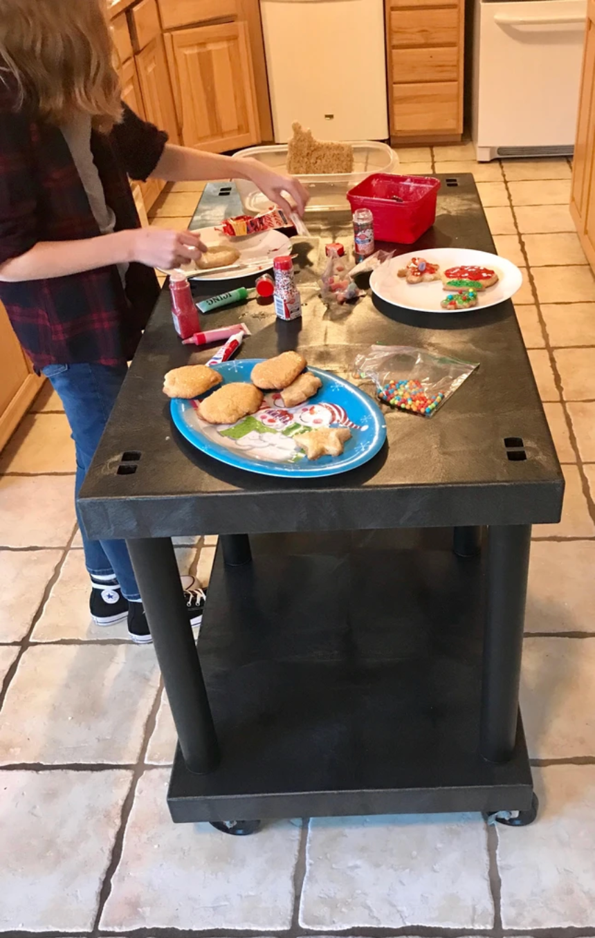 Cookie Decorating Station On Wheels