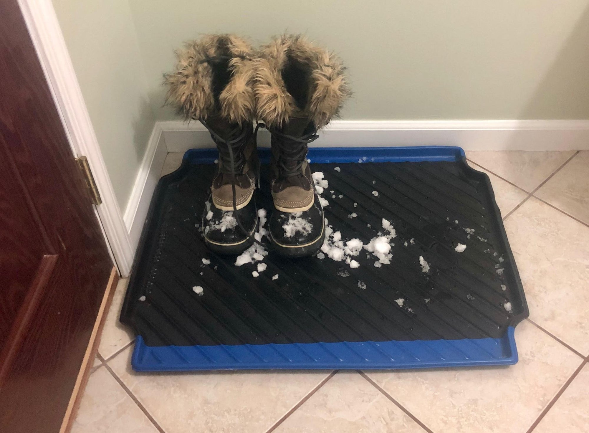 Keep The Snow Off Your Floors With Durable & Long-Lasting Boot Trays