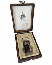 Load image into Gallery viewer, Vie Long Silvertip Badger Shaving Brush w/Horn Handle