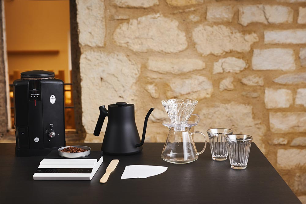 Artisan Coffee co V60 brew guide brewing equipment grinder pouring vessel beans paper filter water