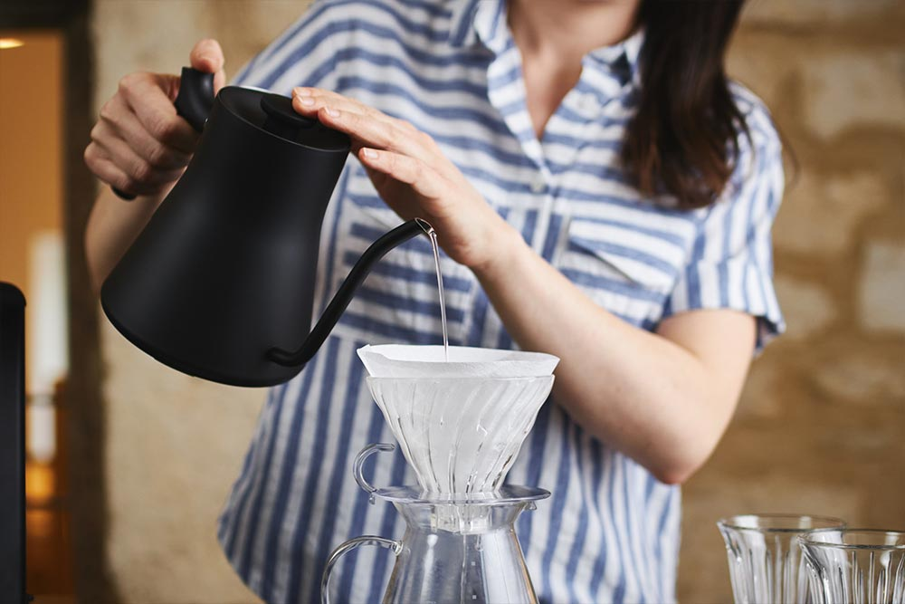 Artisan Coffee co V60 brew guide brewing equipment vessel scales water zero paper filter