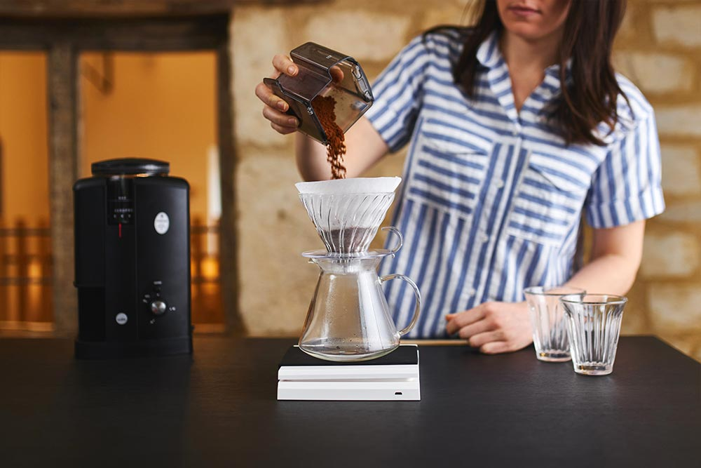 Artisan Coffee co V60 brew guide whole beans ground pour over