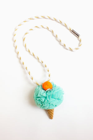 Ooahooah Mint Ice Cream Necklace