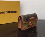 Dauph Chain Wallet
