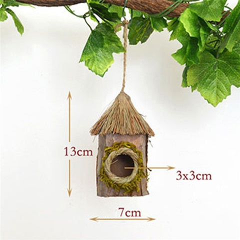 Grass-colored Hanging Simulation Bird Perching Pocket Birdhouse