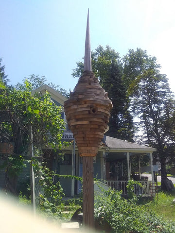 Beehive birdhouse. 6 rooms
