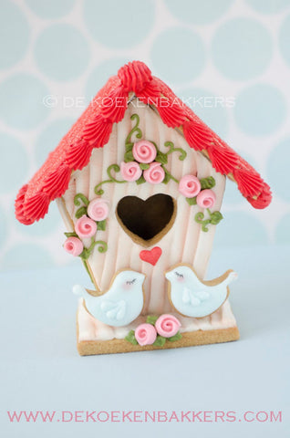 Small Gingerbread Birdhouse