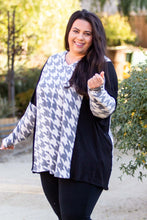 Load image into Gallery viewer, Houndstooth Long Sleeve Top