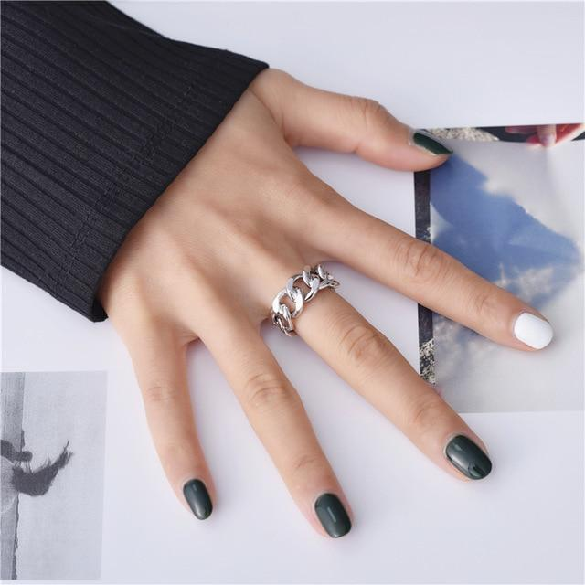 Twisted-Geometric-Chunky-Chain-Rings-for-Women-