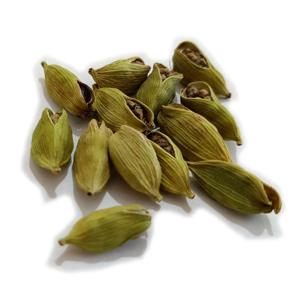 Ripened green cardamom