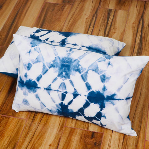 Cross Pattern Tie Dye Pillow Cover in Pure Cotton Fabric