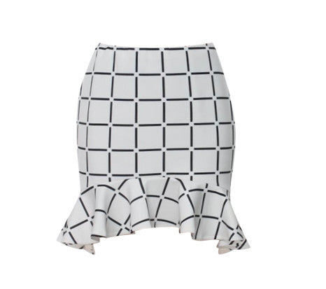 CHER BLACK AND WHITE PEPLUM SKIRT