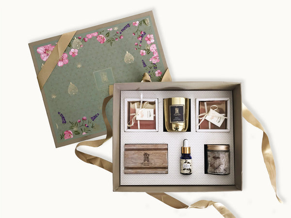 luxury gifts for her with handmade soap , metal fragrance candle, wooden soap dish, patchouli oil and rose bath salt _ online gifts india _ gifts for her | Best gifts for mom 2021 | special mother's day gift | mothers day gift ideas for mother