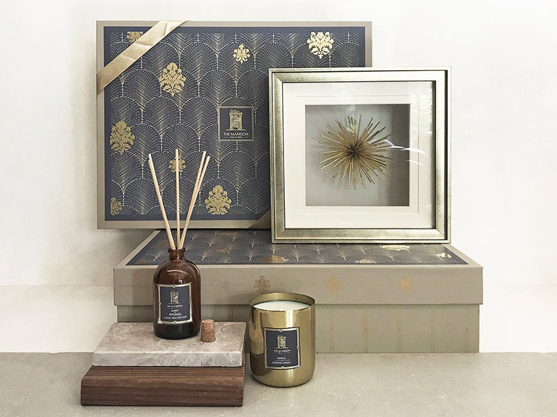 Modern Art gift box with reed diffuser and metal neroli fragrance candle. A thoughtful gift curated for special occasions line housewarming, handover box, corporates.