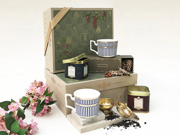 deluxe royal tea set of 2 cups _ authentic indian teas _ assam and darjeeling _ tea box