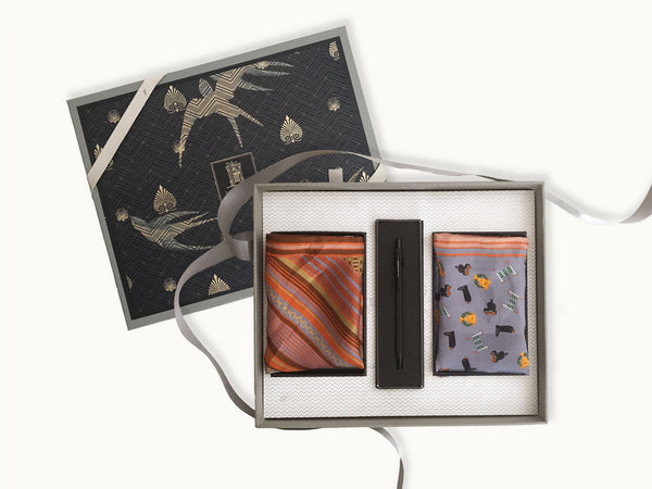 The Executive gift box with set of 2 pocket square and mechanical pen. _ online gifts for men