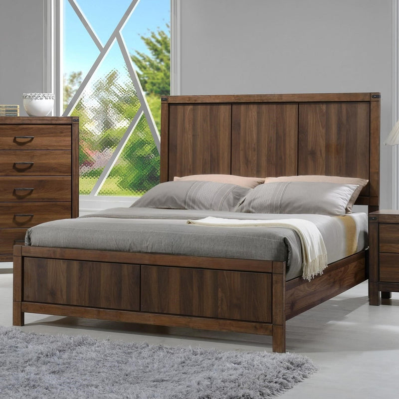 Crown Mark Belmont Queen Panel Bed in Brown image