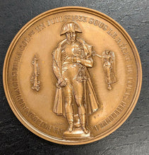 Load image into Gallery viewer, Bronze Medal By Brenet, Commemorating The Restoration of Naploeon 1st Statue