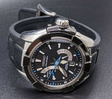 Load image into Gallery viewer, Mens SEIKO Velatura Kinetic Wristwatch - Sapphire Crystal - Rubber Strap