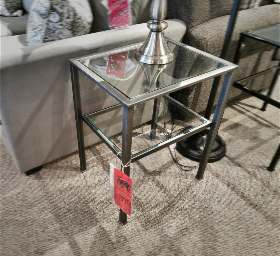 20712 Vintage End Table - Pewter