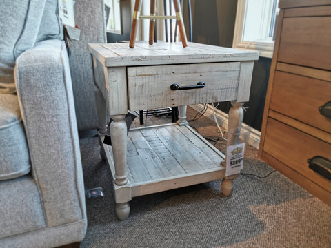 T782 Shawnalore End Table