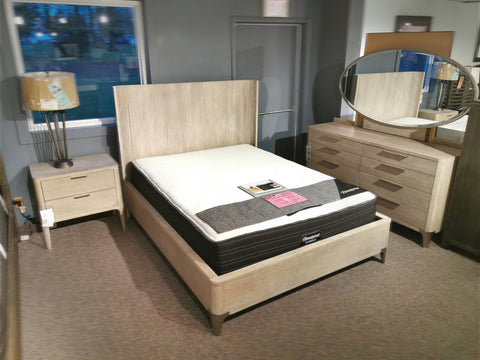 760 Alexandra Queen Bed