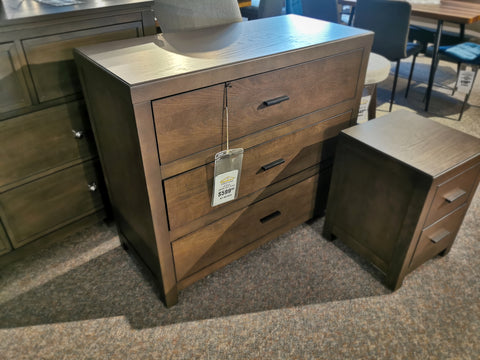 Campbell 3-Drawer Chest