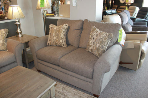 491 Natalie Loveseat