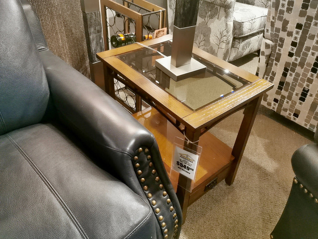 4013 End Table