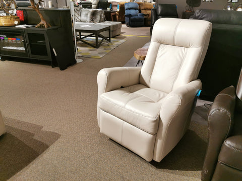 42201 Yellowstone I Swivel Recliner
